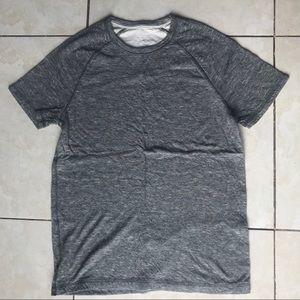 Men's Medium Guess Shirt